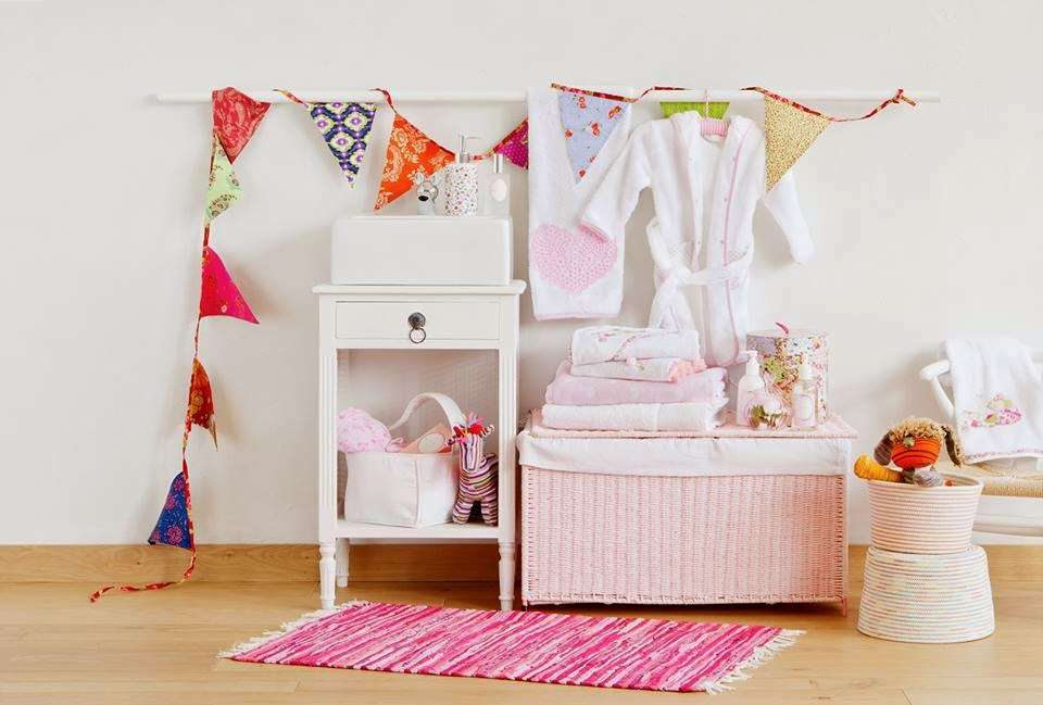 kids and nursery ideas for your princess. Black Bedroom Furniture Sets. Home Design Ideas