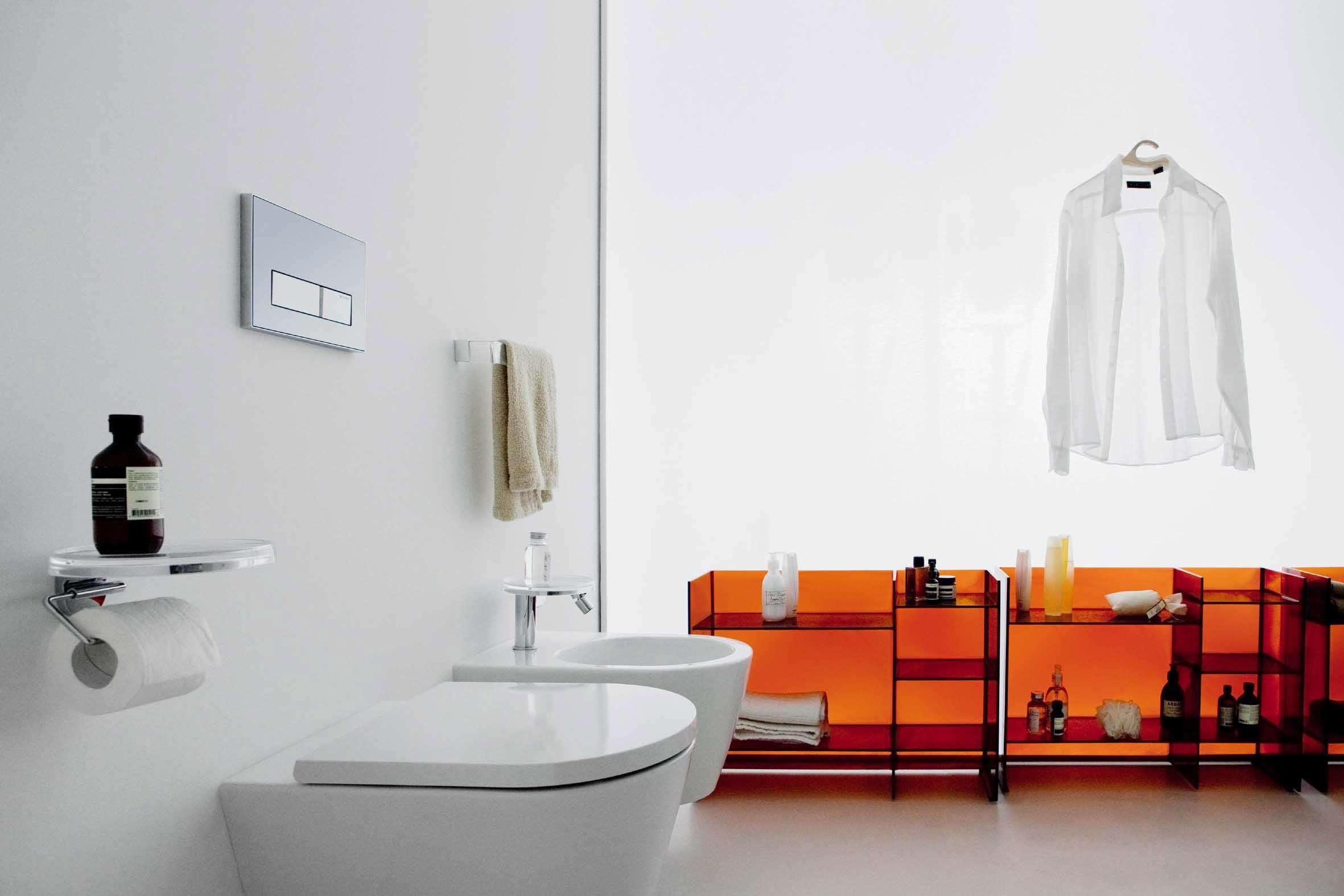 Kartell by Laufen: la ceramica Laufen unita al design Kartell.