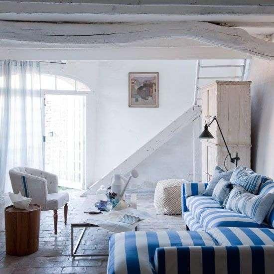 stile mediterraneo verde acqua per la tua casa al mare