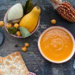 Una vellutata di zucca e tanto arancione per questo autunno.