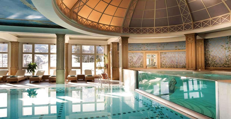 Cortina d 39 ampezzo hotel cristallo spa golf - Hotel a cortina d ampezzo con piscina ...