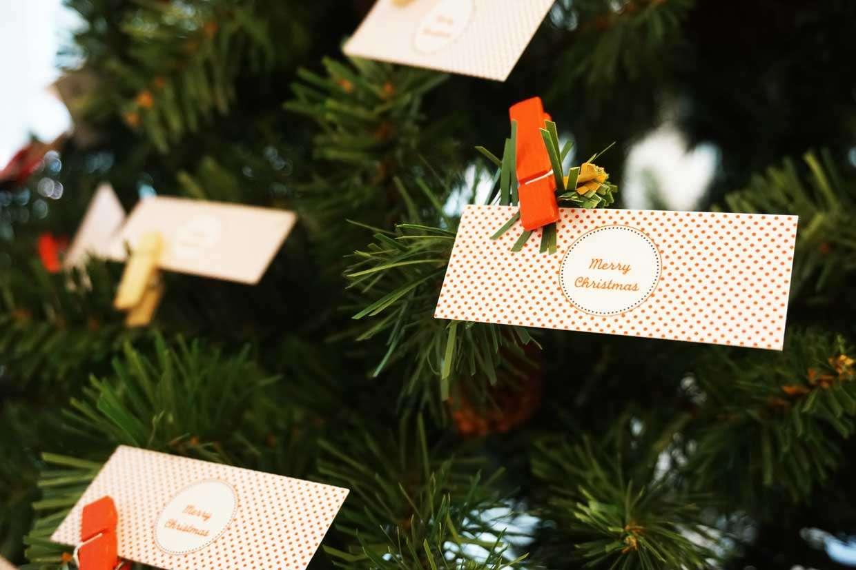 Biglietti Di Natale Gia Colorati.Biglietti Da Visita Addobba L Albero Di Natale Con Moo Com