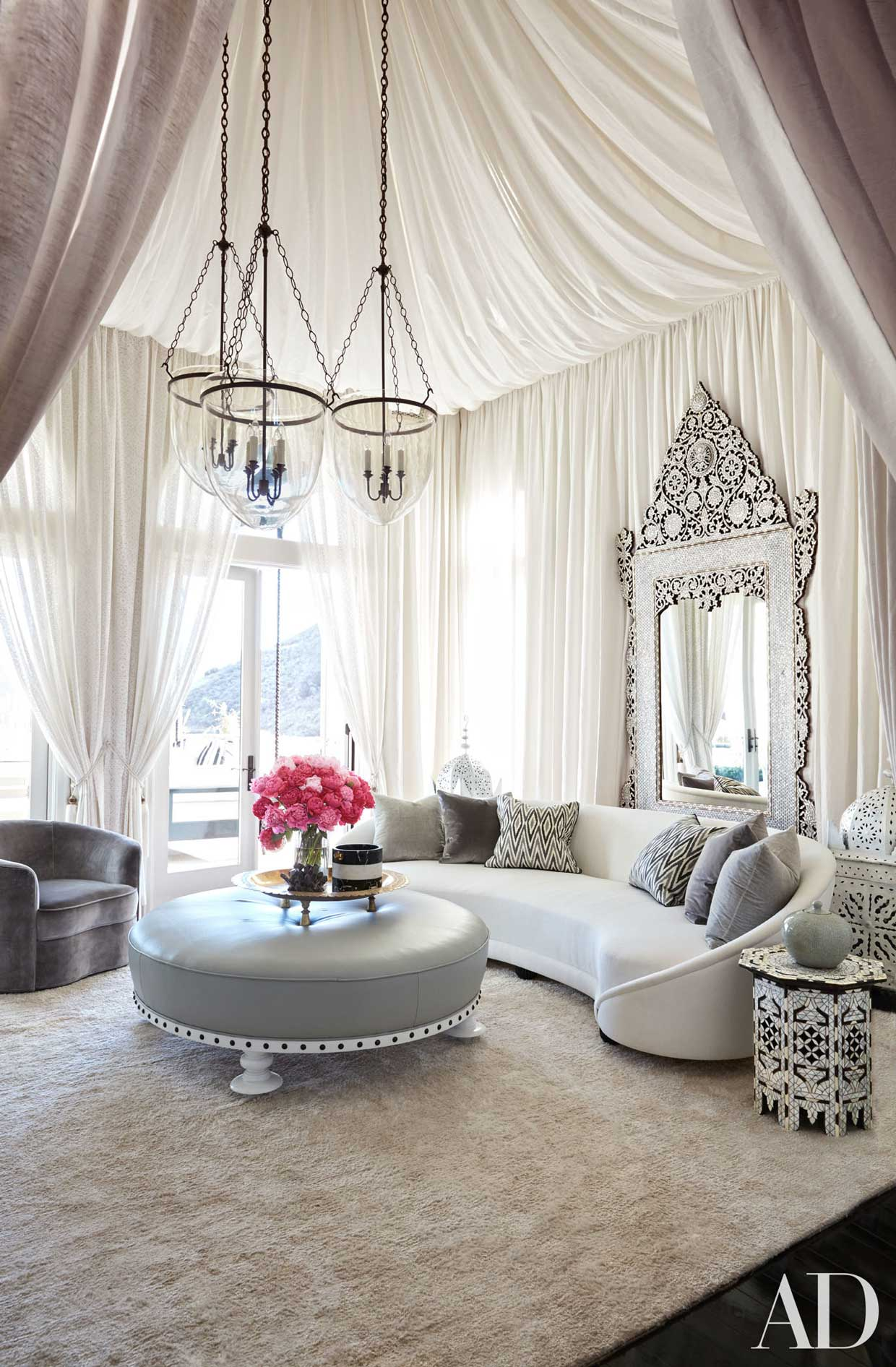 le case da sogno di khloé kardashian e della sorella kourtney | fyhwl - Arredamento Casa Kardashian