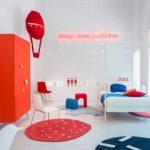 Bianco, Rosso e Blu per le camerette per bambini Nidi.