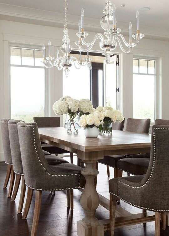 Come arredare la sala da pranzo in stile classico fyhwl - Lampadari per sala pranzo ...
