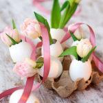 Uova decorate e coniglietti per la tua tavola di Pasqua.