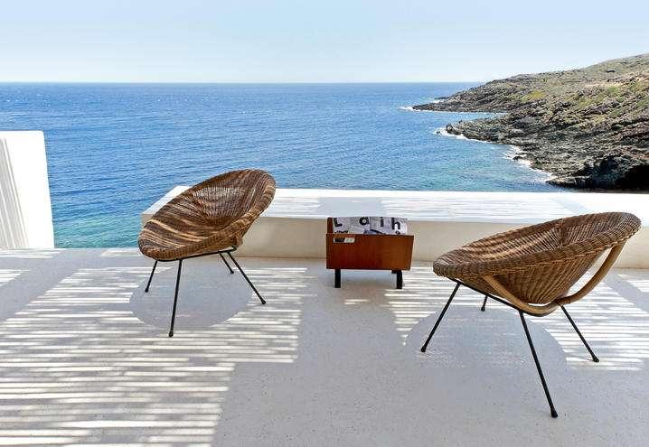 Vivere a Pantelleria in un dammuso strepitoso