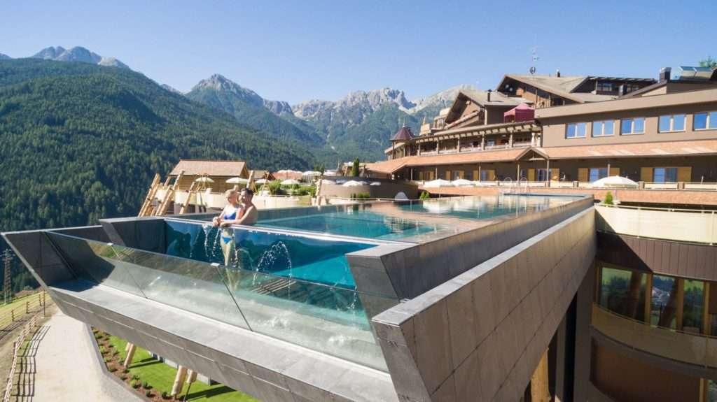 hotel e natura piscina hubertus