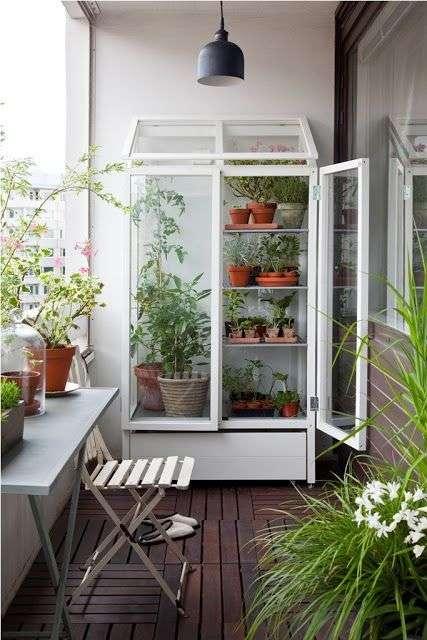 Serra per piante: design per il terrazzo | Fillyourhomewithlove