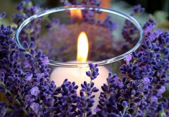 candela profumata per la casa alla lavanda