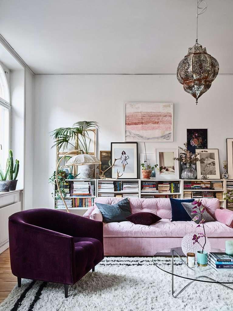 divano velluto rosa pastello