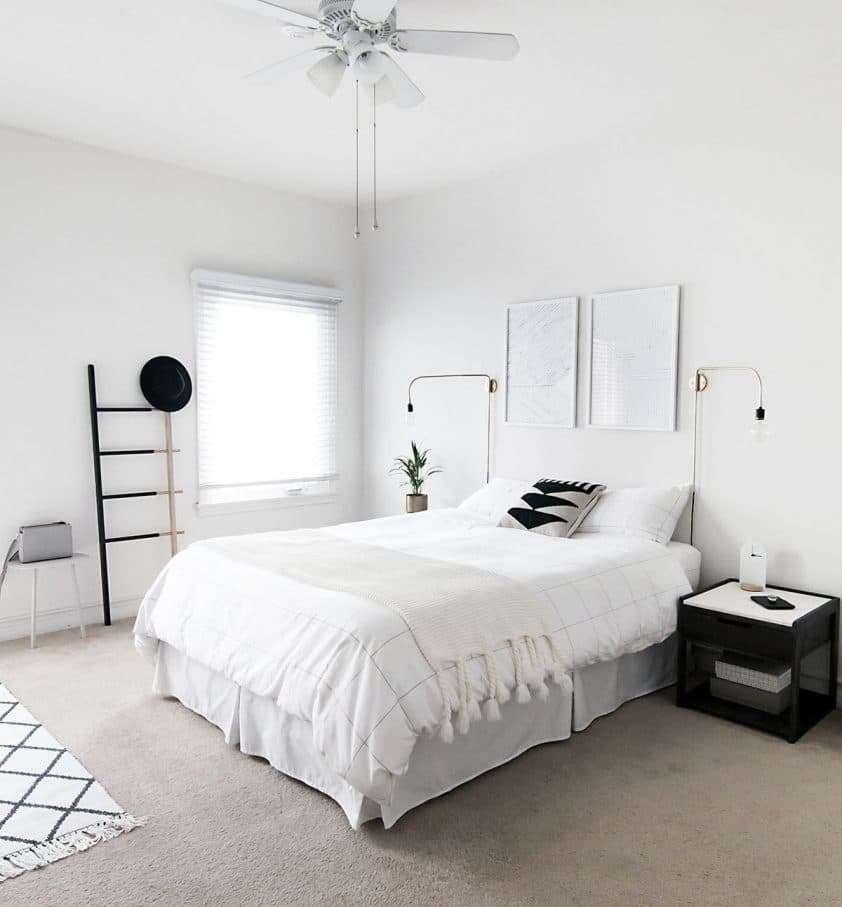 camera da letto bianca semplice