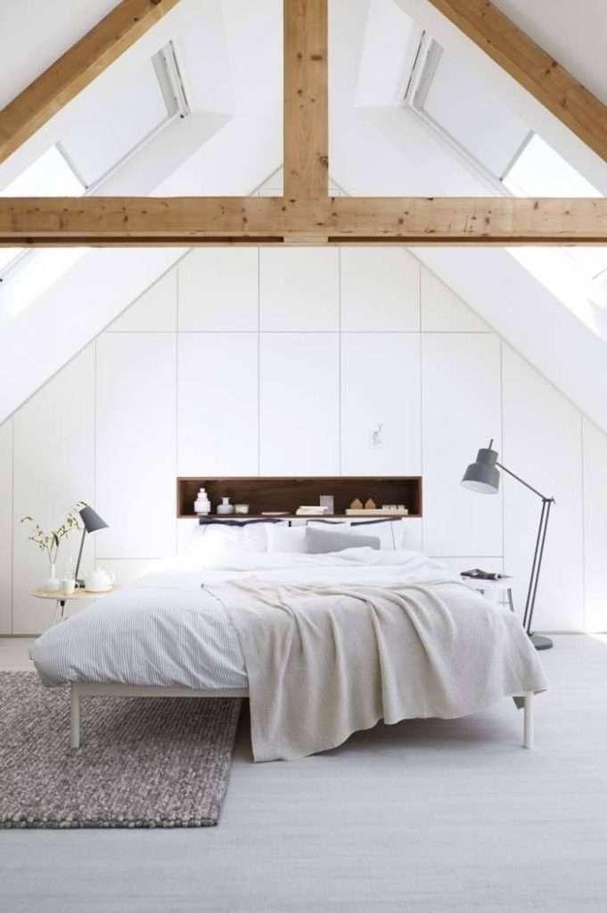 camere da letto bianche in mansarda