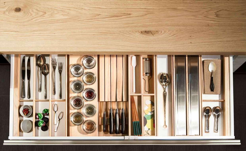 Accessori per cucina cosa propone snaidero fillyourhomewithlove - Divisori per cassetti cucina ...