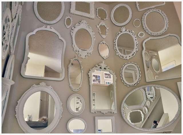 composizione a parete di specchi shabby