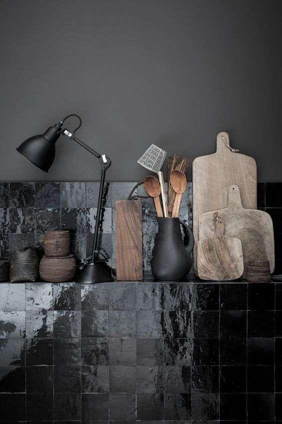 piastrelle per cucina nere