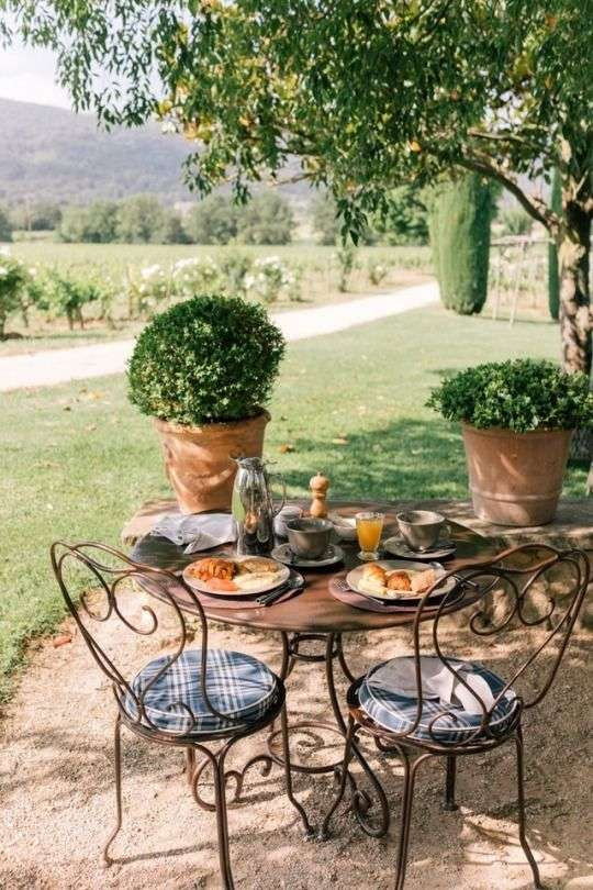 boiserie per giardini provenzali