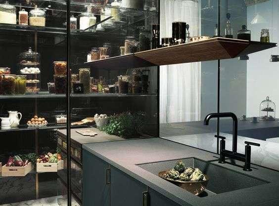 dispensa cucina a vista