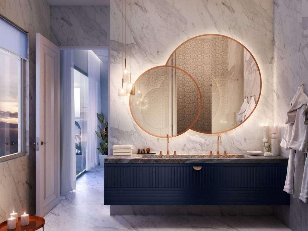 specchio doppio di diverse dimensioni