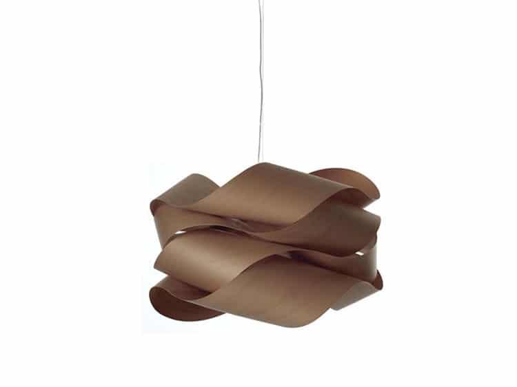 lampadari in foglie di legno
