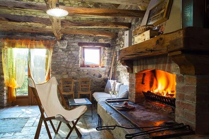 case in montagna in primavera baita