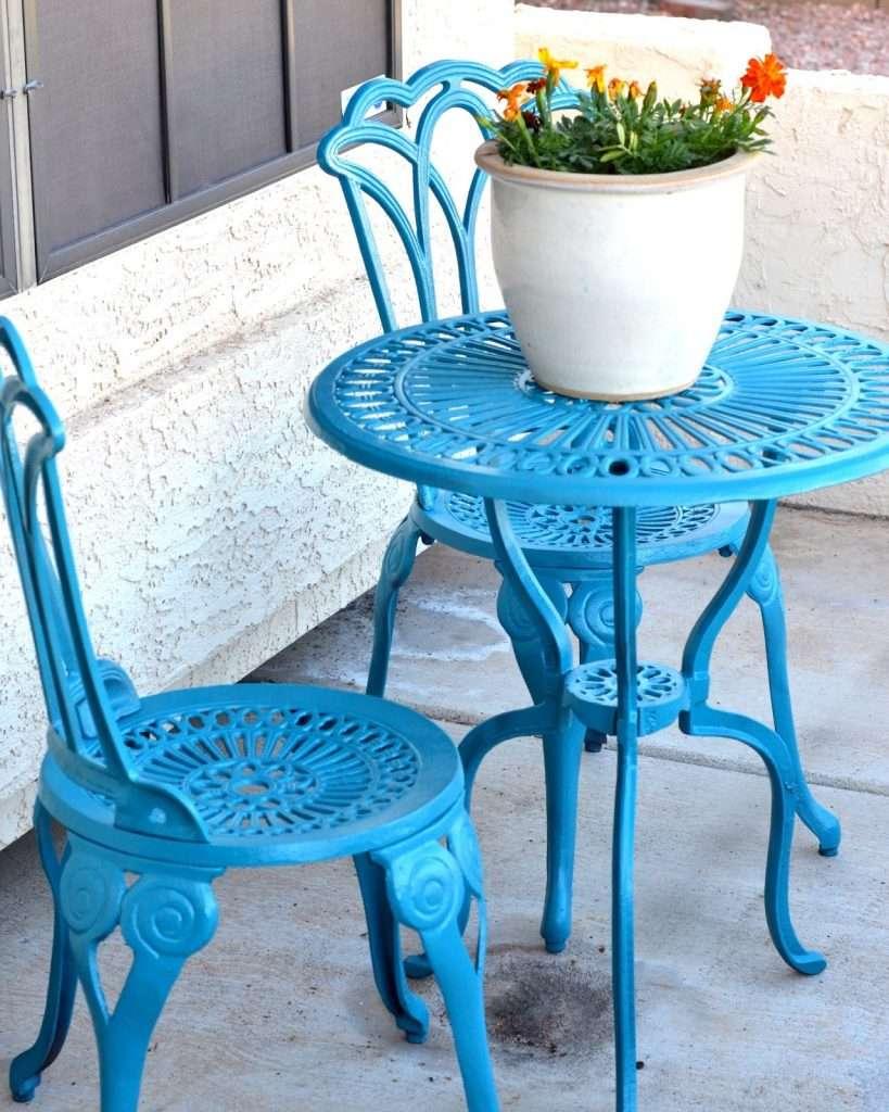 tavolino in ferro da giardino